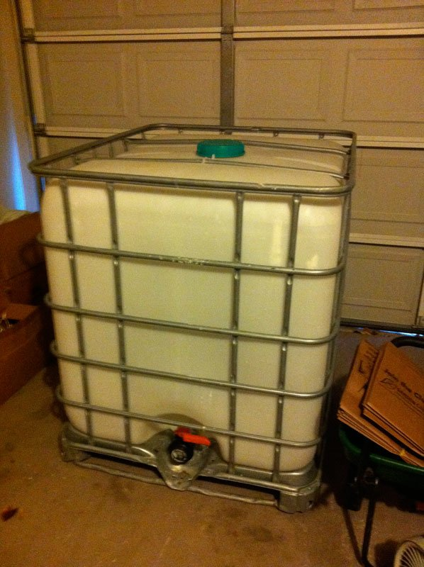 Do it yourself washout booth for screen printing 620 studio this is a 135 gallon poly container that comes with a ball valve drain and a aluminum cage to support the container when full i found it on craigs list solutioingenieria Image collections
